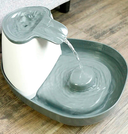 SuperDesign Melamine Water Fountain / Питьевой фонтанчик Супер Дизайн Меламиновый Белый-Антрацит